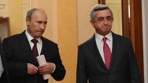 Визит лидера РФ в Ереван может содействовать миру в Нагорном Карабахе и решению сложных экономических проблем
