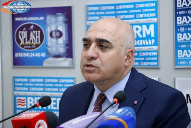 Արսեն Ղազարյանը գերխնդիր է համարում Հայաստանի տնտեսության մեջ ներքին և արտաքին ներդրումների մեծացումը