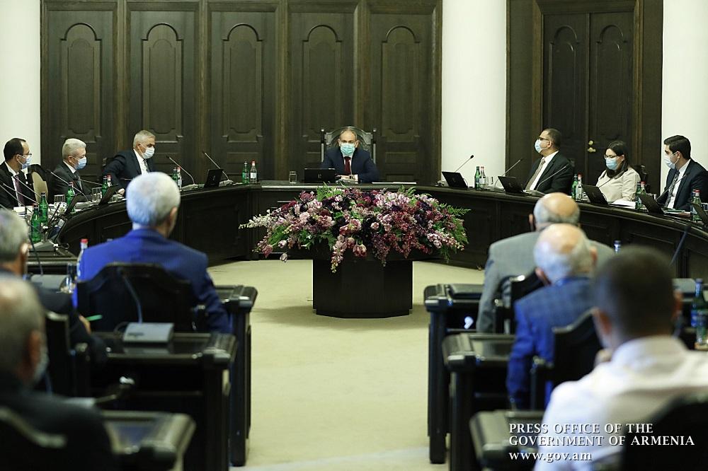 ՀՀ վարչապետը հանդիպել է Հայաստանի արդյունաբերողների և գործարարների միության պատվիրկության հետ