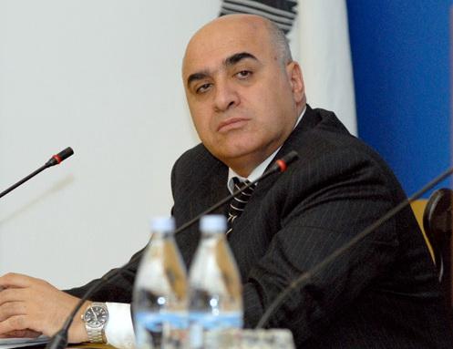 Հայաստանի արդյունաբերողների և գործարարների միության նախագահ <br /> Արսեն Ղազարյանի կոչը «Զինծառայողների ապահովագրության» հիմնադրամի «Մեկը երկու դարձնենք» ծրագրի առնչությամբ