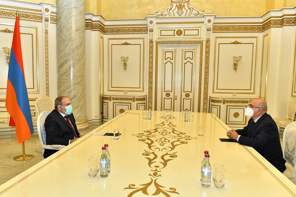 Prime Minister met with Chairman of the Union of Manufacturers and Businessmen Arsen Ghazaryan